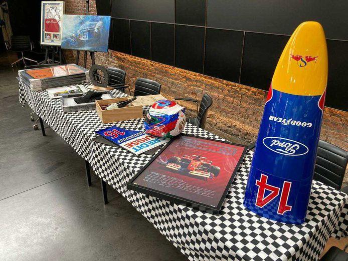Une vente aux enchères proposera notamment une Fiat 500-e 100% électrique, un portrait de Jacky Ickx signé ou encore un casque de Kimi Räikkönen.