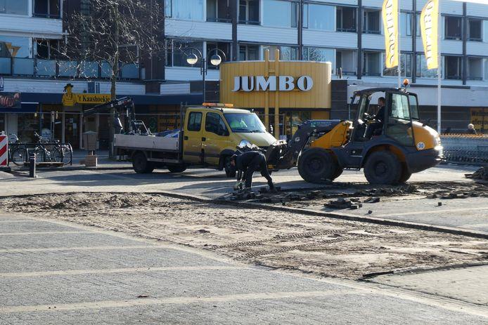 Er wordt druk gewerkt aan het Mercuriusplein in Berlicum.