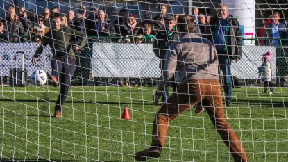 """In 2021 hebben alle provinciale voetbalclubs in Groot-Kortrijk een kunstgrasveld: """"We investeren 3,3 miljoen euro"""""""