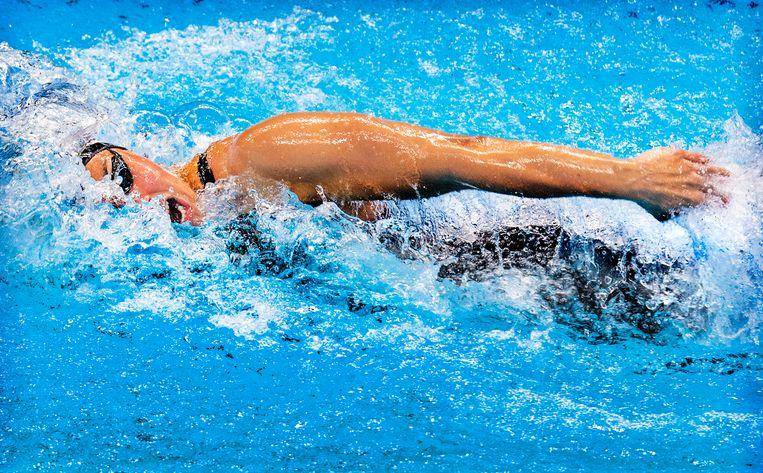 Ranomi Kromowidjojo neemt adem in de finale van de 50 meter vrij. Ze werd vierde. Beeld Klaas Jan van der Weij
