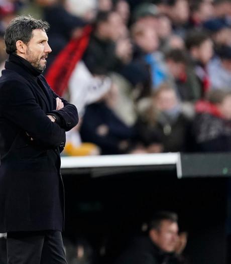 Podcast | Stelling: Het ontslag van Van Bommel lost niets op voor PSV