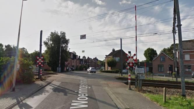 Woeringenstraat krijgt nieuwe fietssuggestiestroken: straat afgesloten op 27 oktober