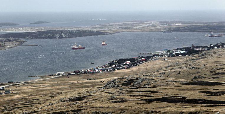 Een overzichtsbeeld van Stanley, de enige stad die de Falklandeilanden rijk is. Beeld EPA