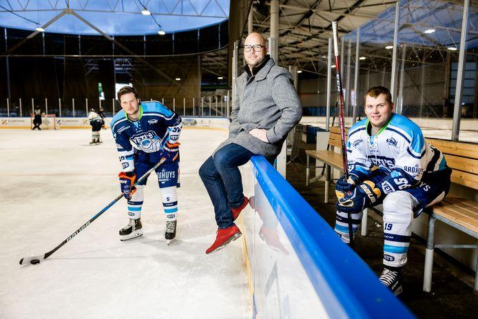 Jonty van den Berg, Roy Slond en Lars Peek