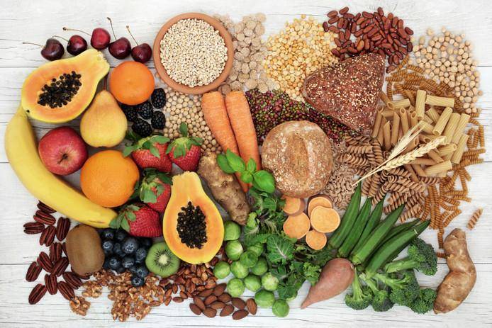 Voeding met veel vezels is belangrijk: 25 tot 30 gram per dag is goed, meer lijkt nog beter.