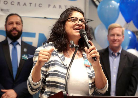 De democratische Rashida Tlaib heeft een zitje in het Huis van Afgevaardigden behaald.