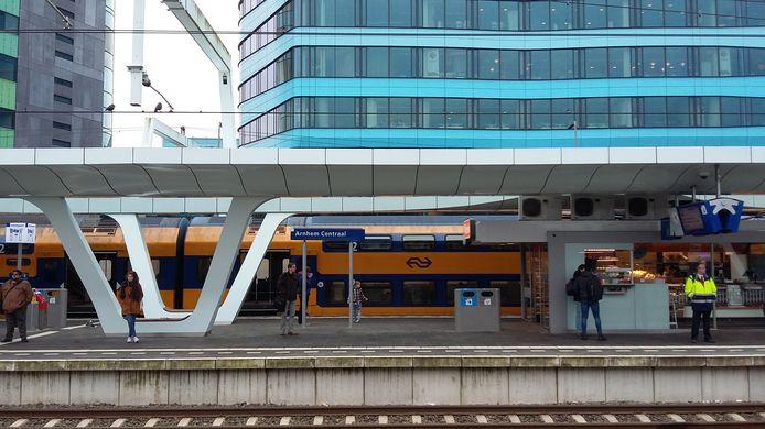 Station Arnhem Centraal, het belangrijkste ov-knooppunt van Oost-Nederland.
