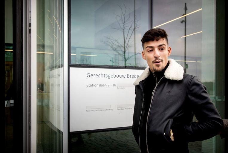 BREDA - Boef mag de komende 18 maanden geen voertuig besturen. De 25-jarige rapper kreeg die straf woensdag opgelegd vanwege twee grove snelheidsovertredingen in 2016.