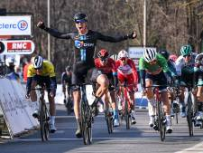 Cees Bol klasse apart in massasprint tweede etappe Parijs-Nice