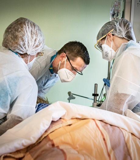 Veel ziekenhuizen hebben het zwaar, maar Bernhoven in Uden neemt zelfs coronapatiënten over