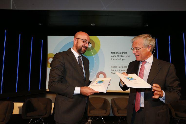 Minister Charles Michel (MR) en voorzitter van het Strategisch Comité Michel Delbaere Beeld BELGA