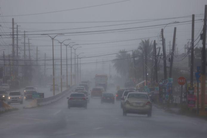 Hevige regenval in Puerto Rico als voorloper voor orkaan Fred
