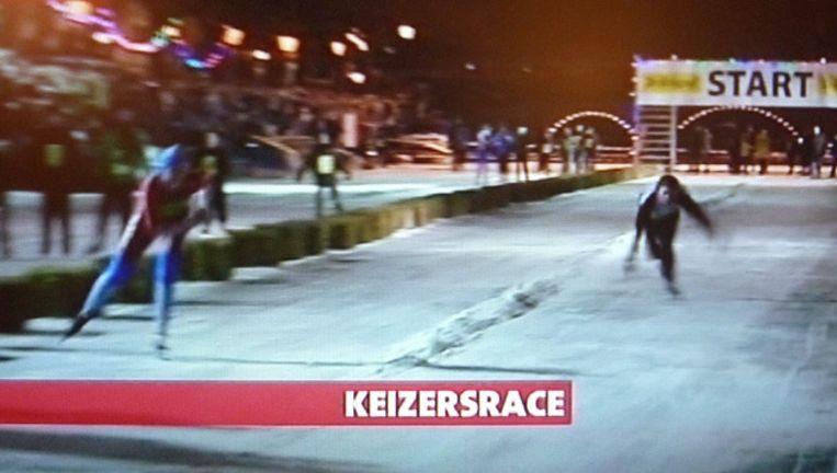 Freya Reitsma aan kop in de finale voor de meisjes van de Keizersrace. Beeld