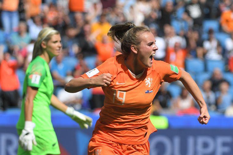 Jill Roord na het doelpunt in de blessuretijd. Beeld AFP