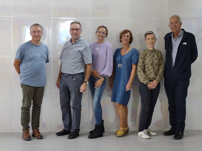 Oprichters: Contactgroep Spijs vlnr: Marc (Oostende), Paul (Haacht), Brenda (Harelbeke), Geert (Temse), Inge (Londerzeel) en Peter (Overijse)