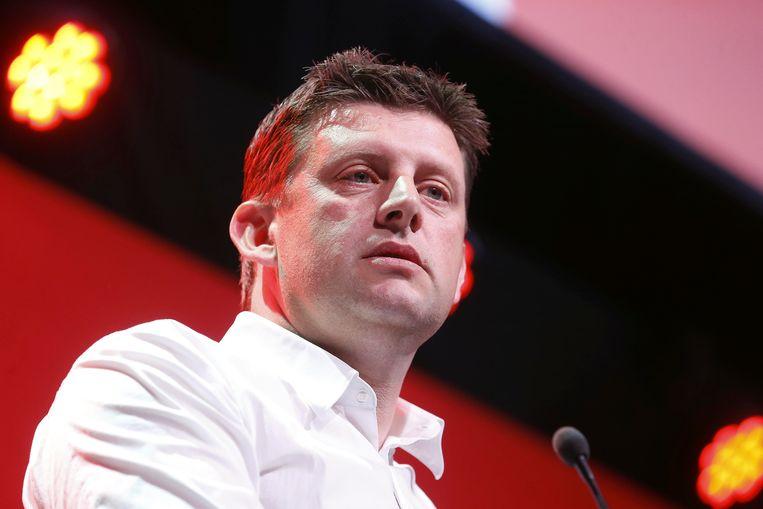 ► Sp.a-voorzitter John Crombez moet de partij uit het slop halen. 'Velen zullen het socialisme pas missen als het er niet meer is', denkt Devos. Beeld BELGA