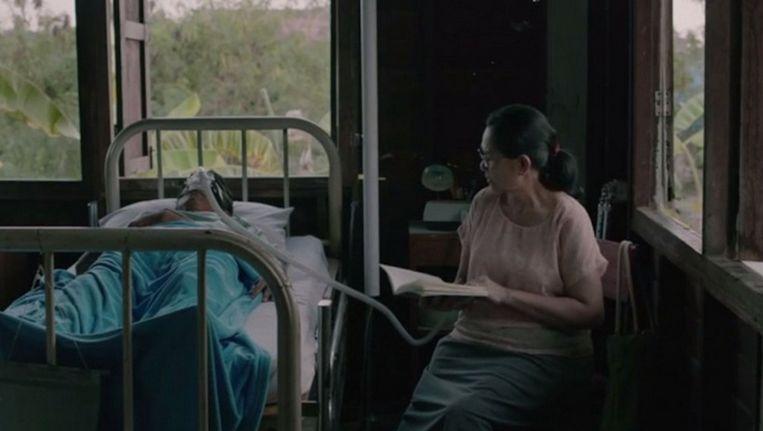 Cemetery of Splendour is zo'n film in de marge van het filmfestival. Het is sterk, verrassend, maar zal geen miljoenenpubliek bereiken. Beeld /