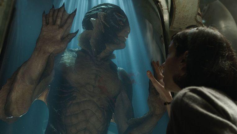 Sally Hawkins en Doug Jones in 'The Shape of Water'.