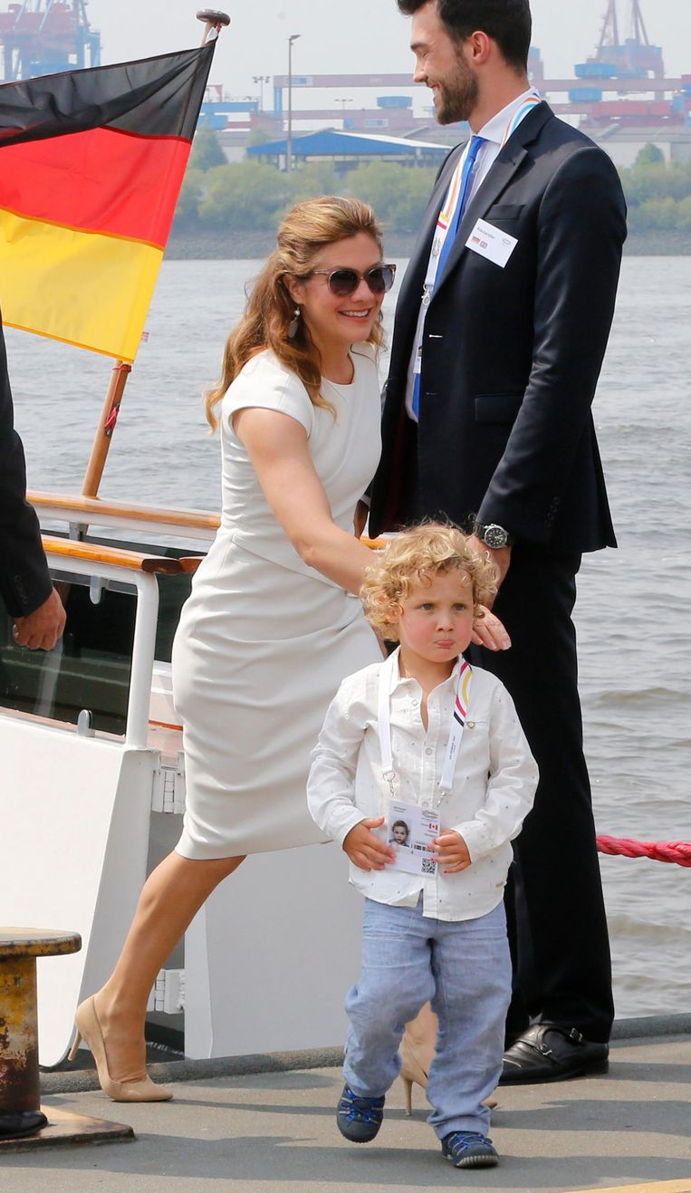 Sophie Gregoire Trudeau, echtgenote van de Canadese premier Justin Trudeau met hun driejarig zoontje Hadrien. Beeld ap