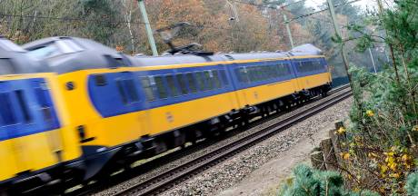 Geen treinen tussen Eindhoven en Helmond door aanrijding, storing inmiddels opgelost