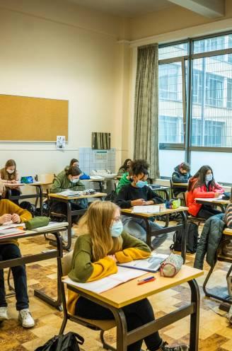 """Aantal C-attesten verdubbeld: """"Ik had totaal geen zin meer in school"""""""