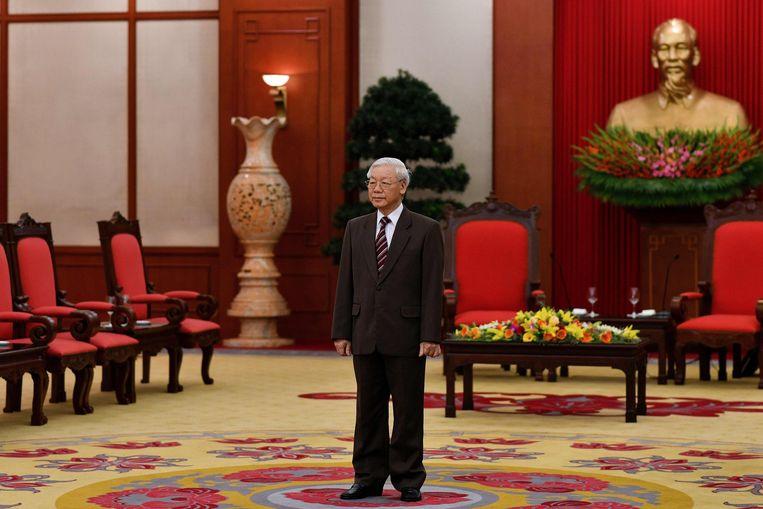 Nguyen Phu Trong tijdens een bezoek van premier Mark Rutte in 2019 aan Vietnam.  Beeld AFP