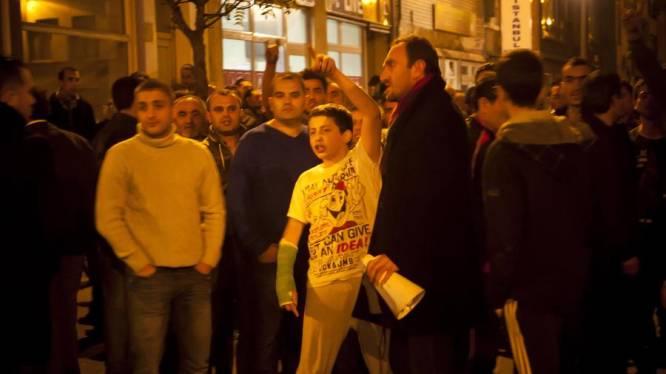 Samenscholingsverbod in Antwerpen na rellen tussen Turken en Koerden