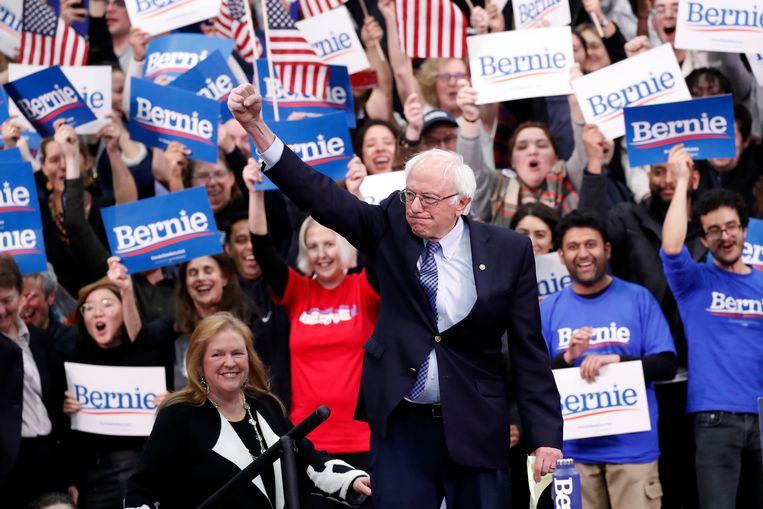 Winnaar Bernie Sanders in Manchester, de grootste stad van New Hampshire. Beeld AP