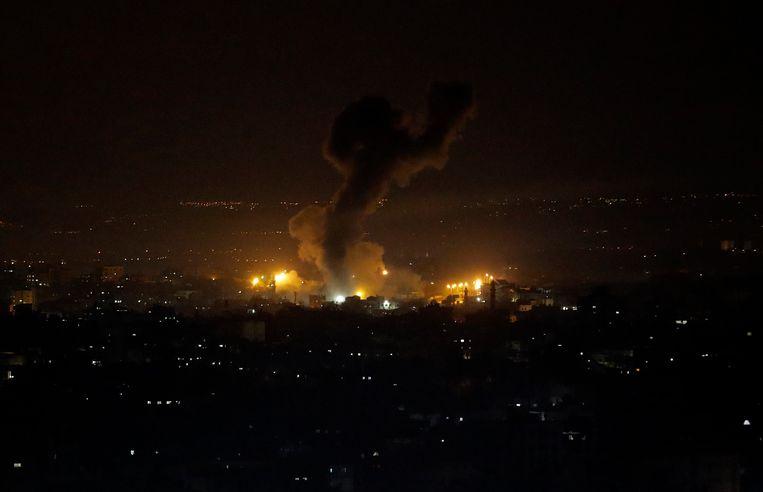 Een Israëlische luchtaanval op Gazastad twee dagen geleden.  Beeld AP