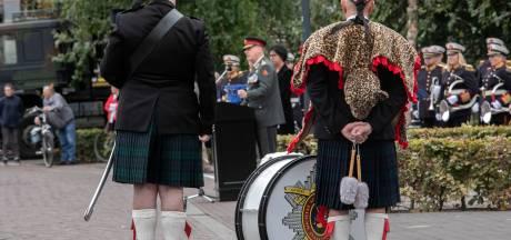 Veteranen geëerd in Helmond en Gemert: Veteraan kan ook 20 jaar oud zijn