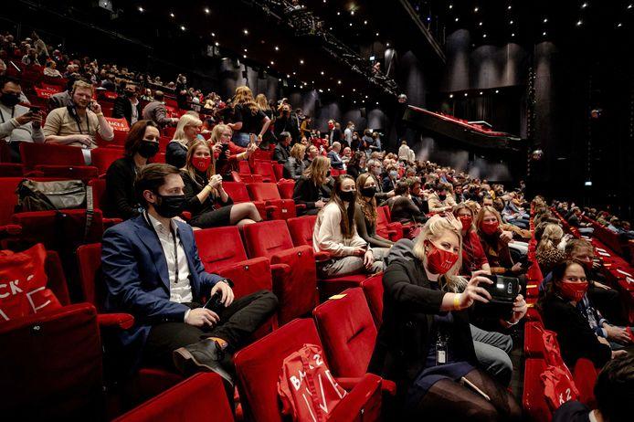 Vijfhonderd mensen woonden ruim een week geleden in het Beatrixtheater het eerste proefevenement van Fieldlab bij.