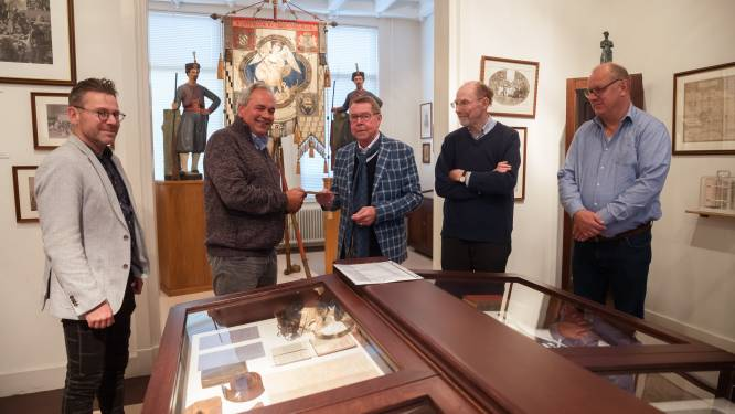 Zouavenmuseum verrijkt met soldatenboekje: 'Een echt familiebezit'
