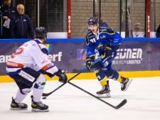 Trappers-verdediger Floris van Elten geniet na hersenschudding weer op het Tilburgse ijs