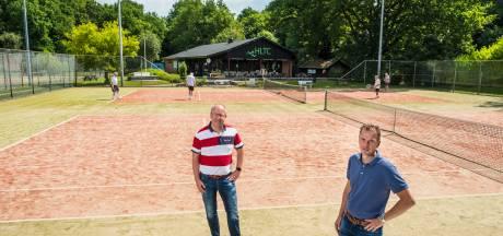 Met nieuwe banen en ander hekwerk is de tennisclub in Heerde weer klaar voor de toekomst