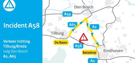 A58 van Eindhoven richting Tilburg dicht vanwege ongeluk met meerdere voertuigen