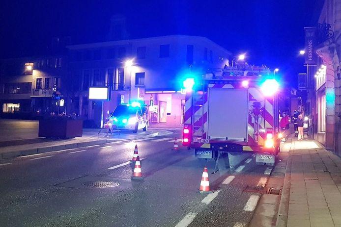 De brandweer controleerde en ventileerde de flat aan het dorpsplein waarin de bewoner onwel werd.