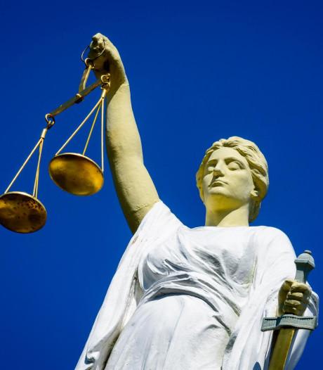 Door Rotterdam op straat gezet advocatenkantoor verbaasd en geraakt