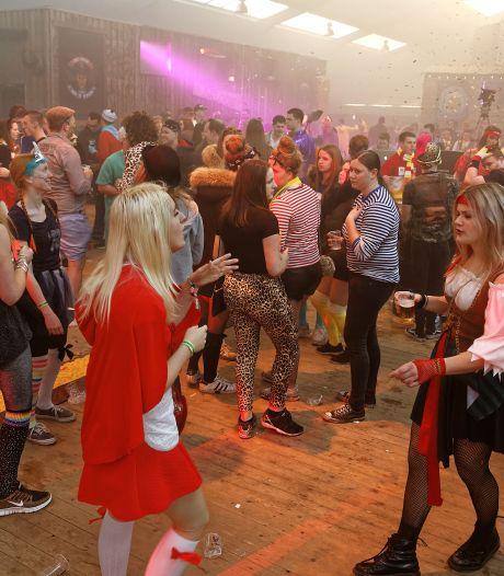 Tussen hoop en vrees voor alternatieve carnaval: 'Dit jaar niet als maandverband verkleed'
