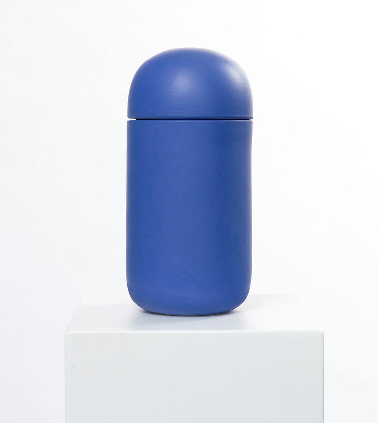 'Bitter Pill'-urn van Exit Here Beeld