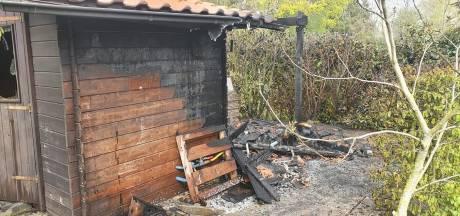 Brandweer Eibergen weet brandje op camping De Fontein snel te blussen