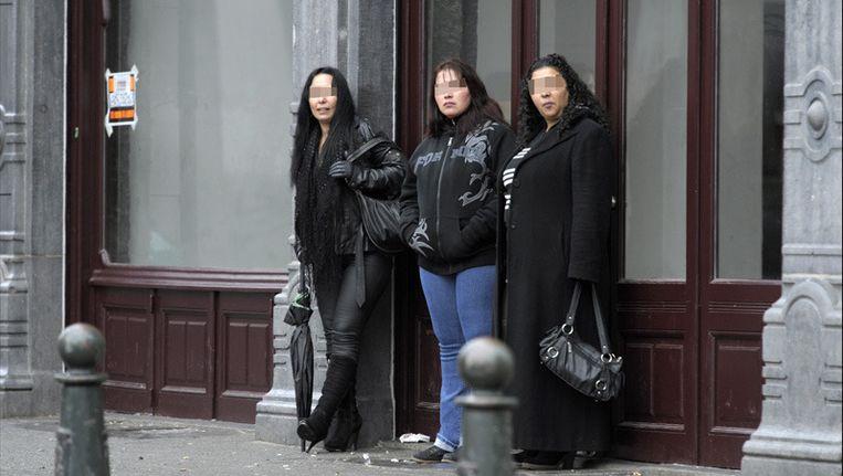 Prostitutie in de Alhambrawijk. Beeld UNKNOWN