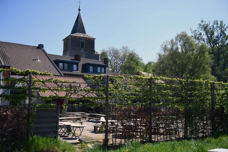 Bierbeek in tijden van corona: Het lege terras van De Molen.