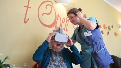 Dementerende bejaarden van WZC De Wyngaert beleven herinneringen dankzij 3D-brillen