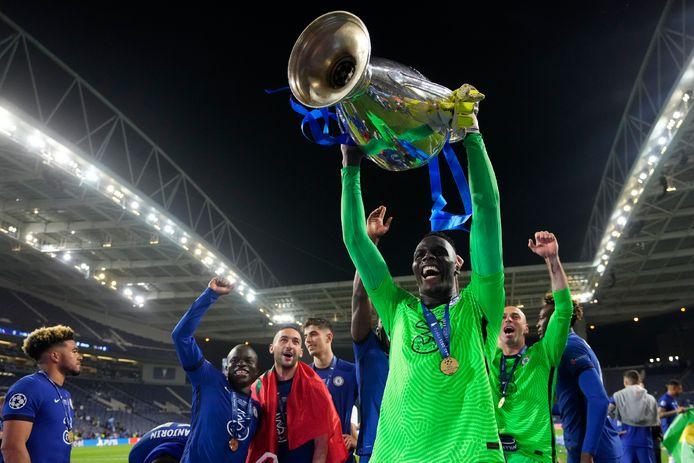 Une Ligue des Champions et un record pour Edouard Mendy.