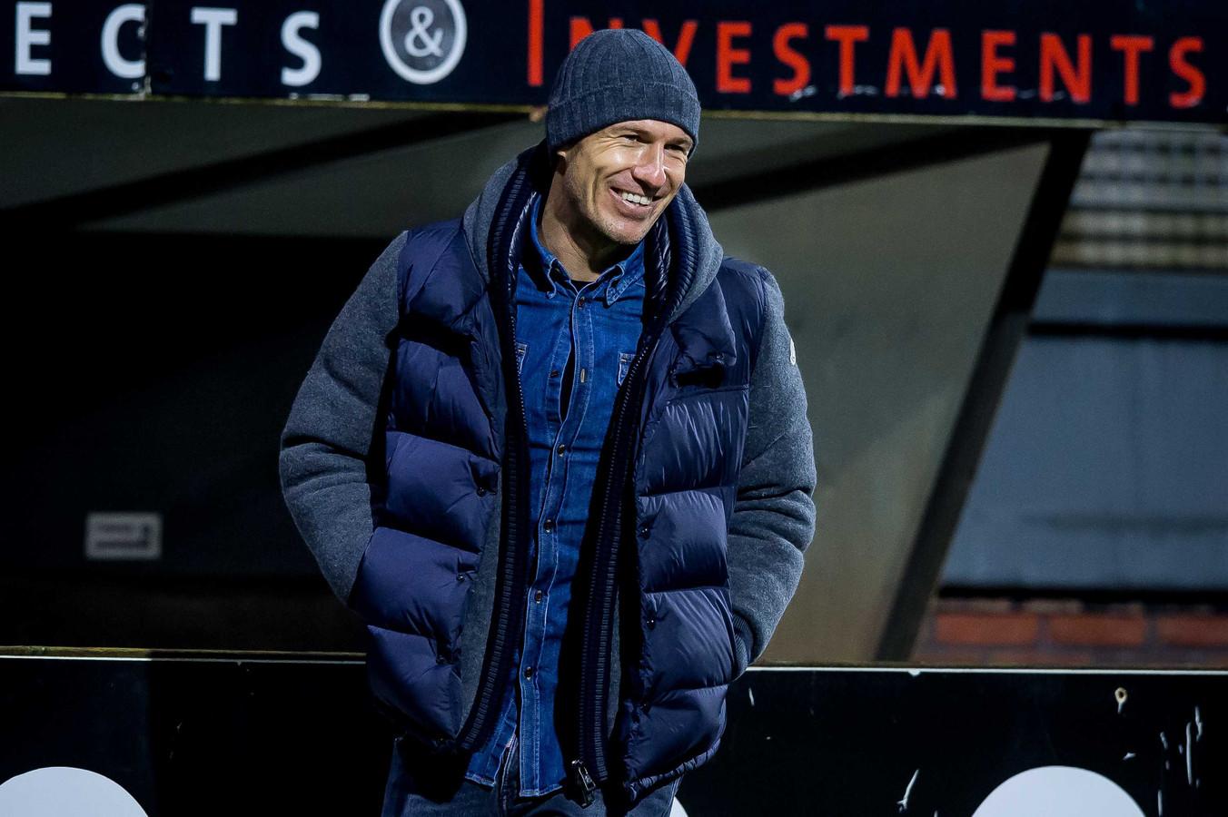 Arjen Robben is voorlopig toeschouwer tijdens de wedstrijden van FC Groningen.
