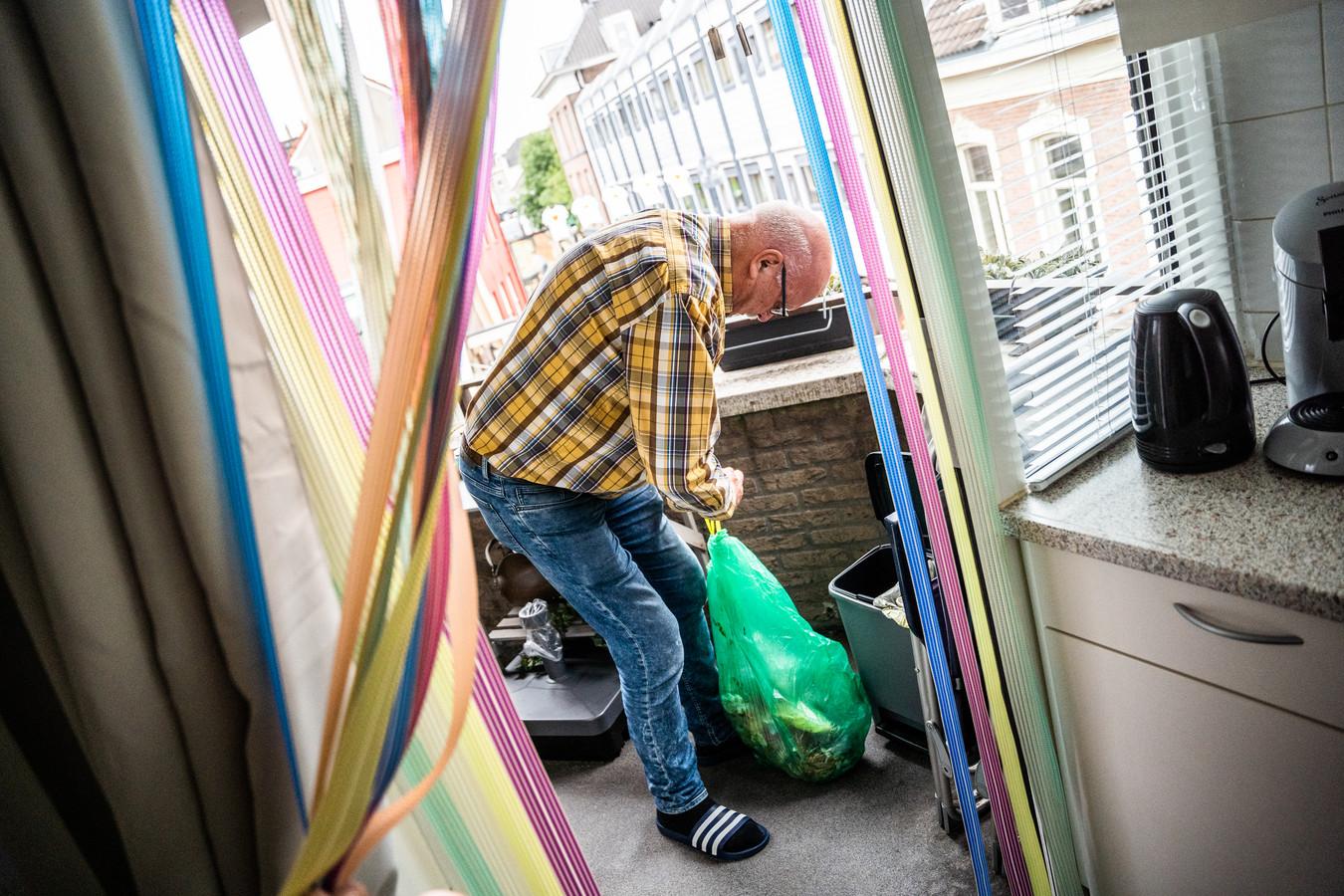 Afvalscheiding wordt onder meer als lastig ervaren door sommige bewoners van appartementen in de Arnhemse binnenstad.