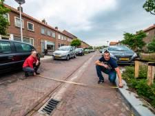 Bewoners en hulpdiensten: 'Smallere straten maken Hazerswoude-Dorp gevaarlijk en chaotisch'