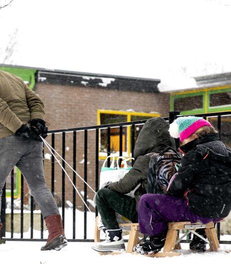Alle scholen weer open, maar in kleine groepjes werken lukt nauwelijks
