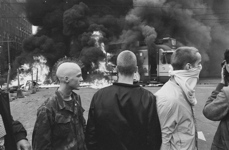 Amsterdam, 11 oktober 1982. Rellen na ontruiming van kraakpand Lucky Luyk.  Beeld HH / Peter Elenbaas