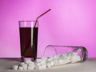 Zoveel suiker zit er echt in je favoriete drankje